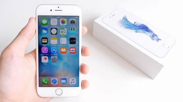 Аналитики предсказывают падение продаж iPhone в 2016 году