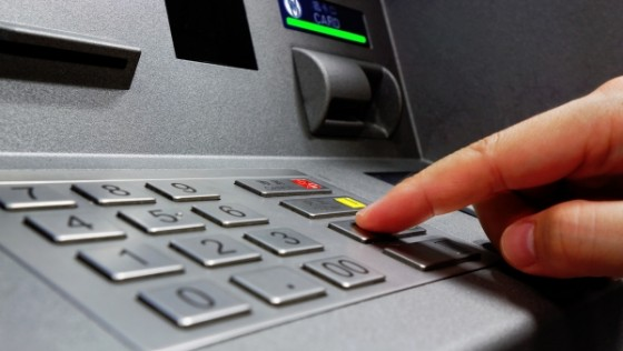 Apple Pay подбирается к банкоматам