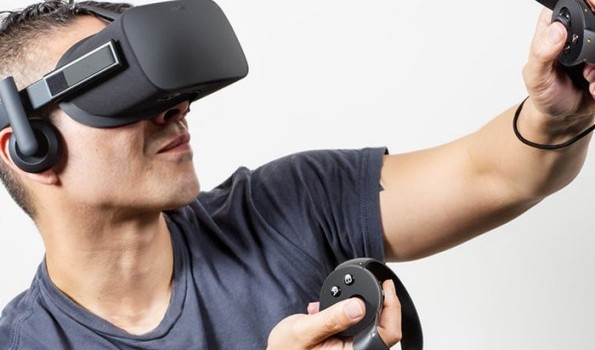 Стала известна цена устройства виртуальной реальности Oculus Rift